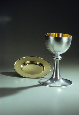 Chalice and Paten for the Catholic communion